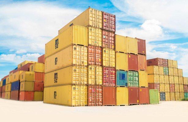 Transport par cargo après la fabrication des T-shirt en coton