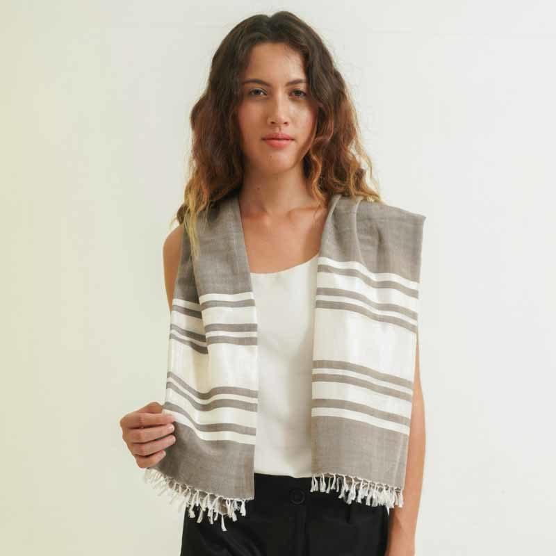 foulard femme fait à la main en coton et en soie
