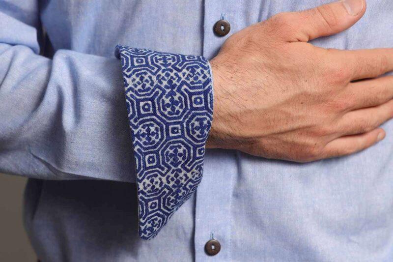 mode ethique homme chemise lin coton batik artisanal bleu