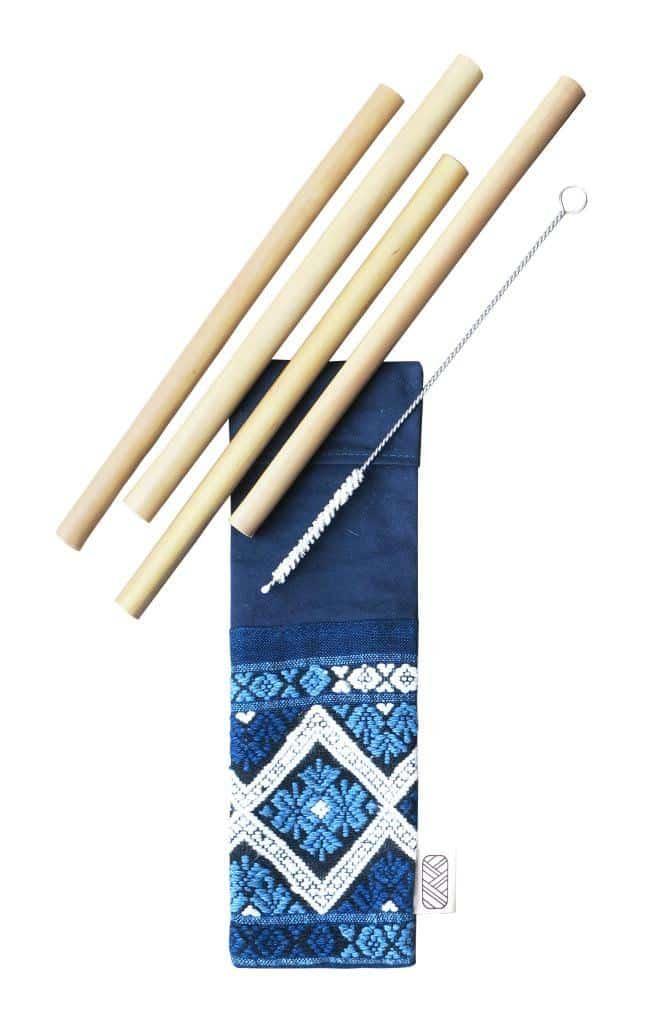 Kit de pailles en bambou et sa pochette équitableen tissus upcyclés