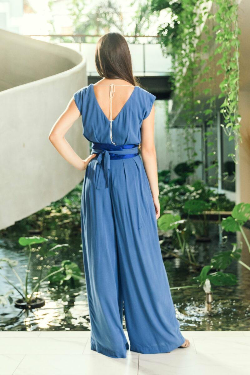 MUUDANA-Mode eco responsable-Combinaison Pantalon Bayon-Coton et soie-Couleur Bleu-Vue dos - Vertical
