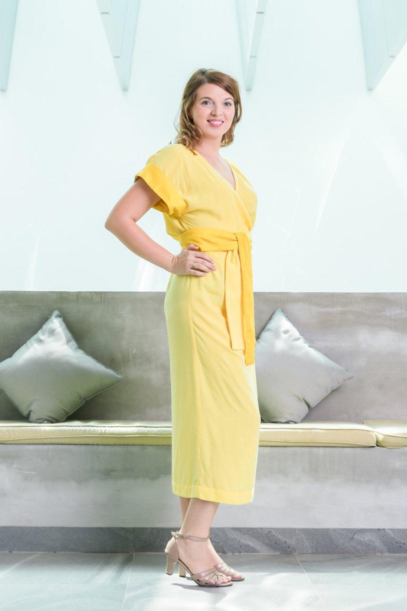 MUUDANA-Mode eco responsable-Robe Angkor-Coton et soie-Couleur Jaune-Vue cote debout - Vertical