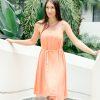 MUUDANA-Mode eco responsable-Robe Apsara-Coton et soie- Couleur Peche-Vue face-Avec Ceinture-Escaliers - Vertical