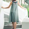 MUUDANA-Mode eco responsable-Robe Apsara-Coton et soie- Couleur Vert-Vue dos-Sans ceinture - Vertical