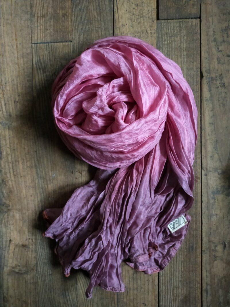 Foulard équitable en soie rose
