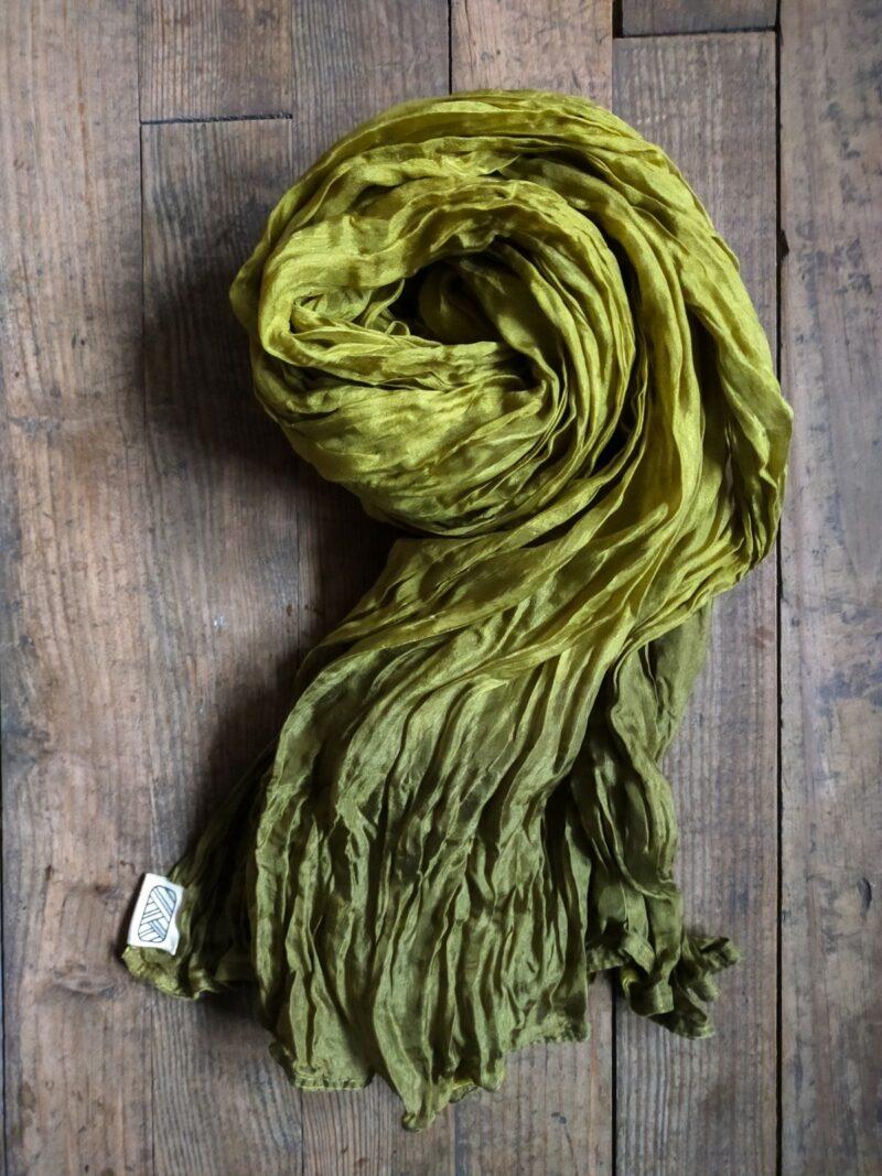 Foulard équitable en soie vert
