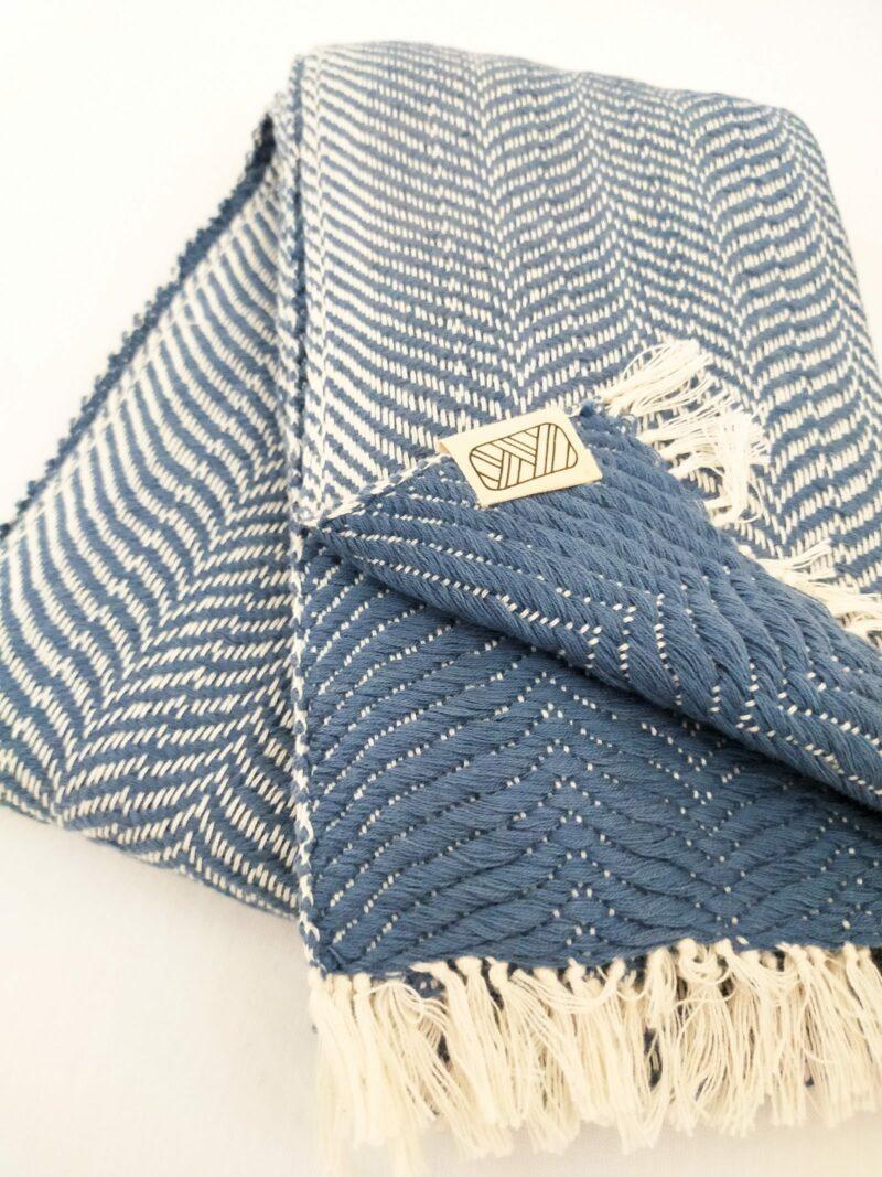 Echarpe équitable en coton bleu