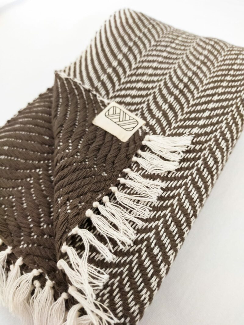 Echarpe équitable en coton brun