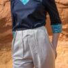 femme portant pantalon lin crème pinces plates